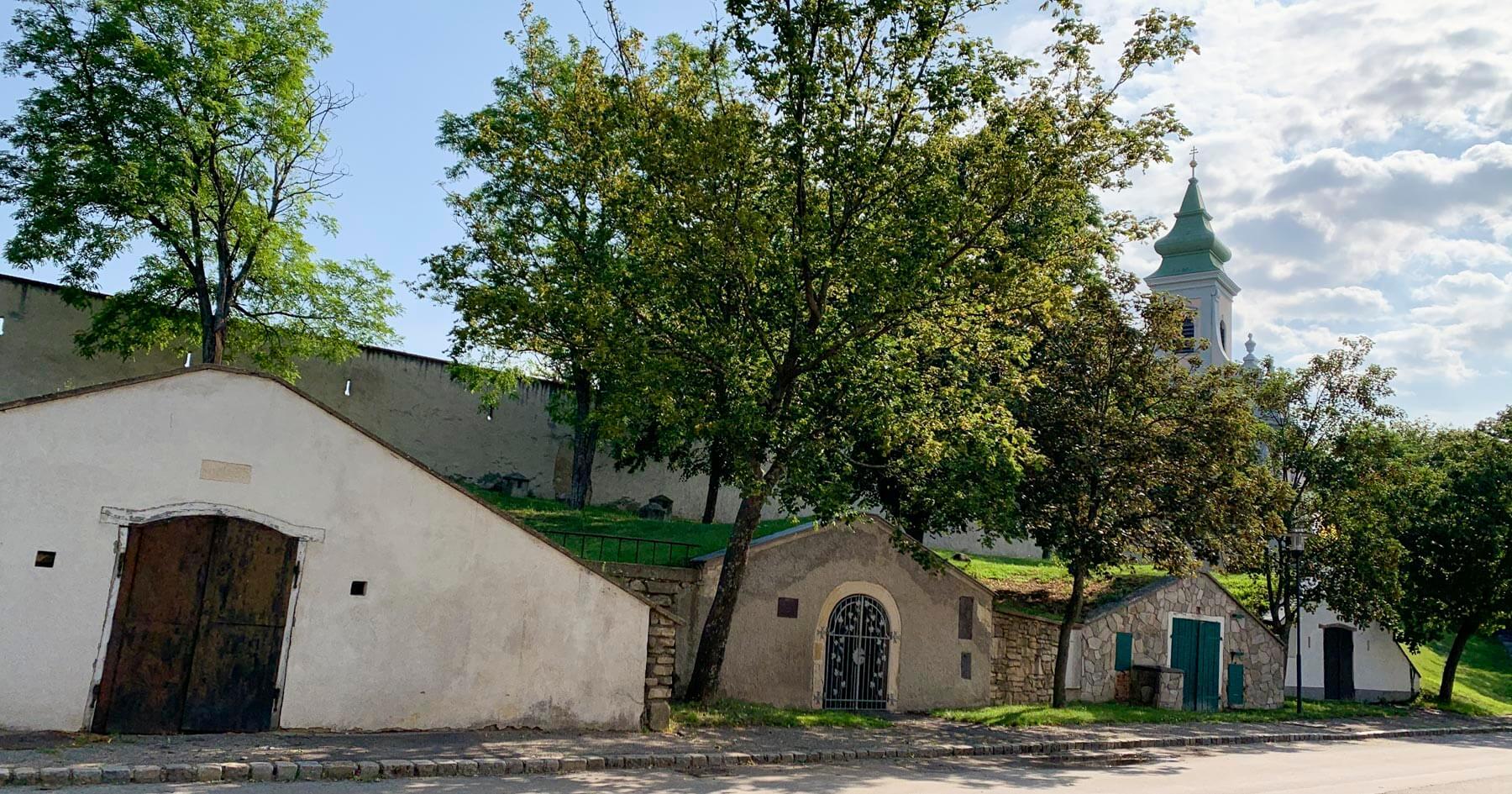 Kirche Mönchhof und Kellergasse